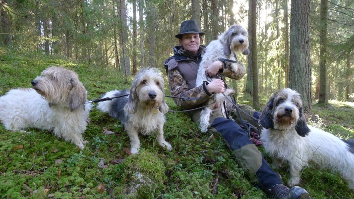 Minä ja osa koirista/ I and some of my Dogs Photo: Pekka Mommo